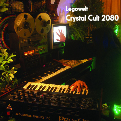News Added Feb 10, 2014 Irrepressible Dutchman Legowelt is to release a new album in the coming months. Entitled 'Crystal Code 2080', it will come on Crème Organization and has been preceded by a sampler EP that featured one track from it. The '2080' part of the album title is taken from the Roland JV2080, […]