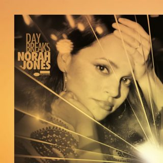 """News Added Aug 04, 2016 Norah Jones is a jazz singer and composer famous for songs like """"Come Away With Me"""" and """"Chasing Pirates"""". Norah Jones starts the promotion of her 6th studio album """"Day Breaks"""", successor to """"Little Broken Hearts..."""" which brought singles like """"Miriam"""". She also released the first single from the new […]"""