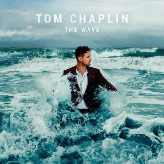 """News Added Aug 14, 2016 The lead singer of the British band Keane, Tom Chaplin, is about to release his first album as a solo artist, meanwhile the band is still in a hiatus since the coletanea Best of Keane released in 2013. The first single, """"Hardened Heart"""", is a promising britpop, with richly produced […]"""