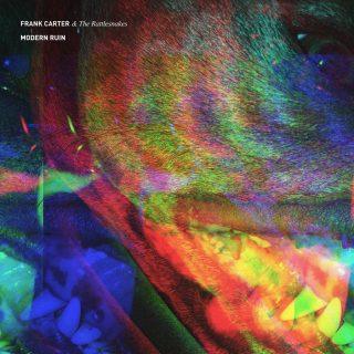 """News Added Sep 28, 2016 A banda inglesa de hardcore punk Frank Carter & The Rattlesnakes, liderada por Frank Carter, ex-vocalista do Gallows e Pure Love, anunciou o lançamento de seu novo álbum, intitulado """"Modern Ruin"""", que será lançado no dia 27 de janeiro de 2017, pela sua própria gravadora, a International Death Cult. O […]"""