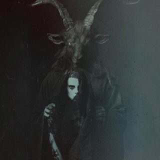 """News Added Mar 08, 2017 South African Alternative Hip Hop duo Die Antwoord have announced Today via Instagram that the title of their forthcoming fifth studio album will be """"The Black Goat"""". Although no release date has been confirmed as of press time, the album is expected to be released sometime this year. Submitted By […]"""