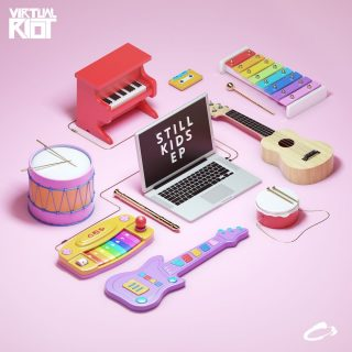 """News Added Jul 29, 2017 German House producer Virtual Riot has announced the release of the fifteenth Virtual Riot Extended Play. The four-track offering """"Still Kids"""" is currently slated to be released on August 10th, 2017. Submitted By RTJ Source hasitleaked.com Track list: Added Jul 29, 2017 1. Everyday (feat. Yosie) 2. Kingdoms & Castles […]"""