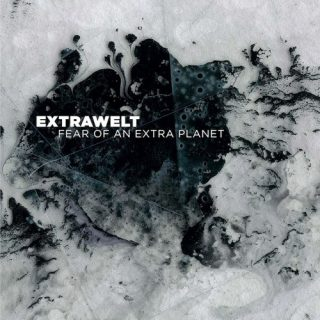 News Added Sep 07, 2017 Cocoon Recordings has announced a new Extrawelt album called Fear Of An Extra Planet. Fear Of An Extra Planet will be the first full-length for Extrawelt since Cocoon released In Aufruhr back in 2011, and the final part of an LP trilogy for the label that also includes 2008's Schöne […]