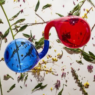 News Added May 02, 2018 Dirty Projectors have announced a new album called Lamp Lit Prose and it's out July 13 via Domino. Guests on the record include Haim, Fleet Foxes' Robin Pecknold, Syd, Rostam, Empress Of, Amber Mark, and Dear Nora, as well as band members Nat Baldwin and Mike Johnson. They've also shared […]