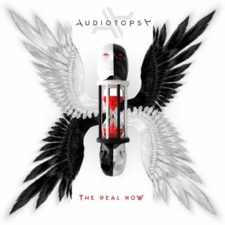 "News Added Aug 22, 2018 AUDIOTOPSY, the American heavy rock quartet featuring the deft musical talents of guitarist Greg Tribbett and drummer Matt McDonough — both of Grammy-nominated metal band MUDVAYNE — as well as SKRAPE vocalist Billy Keeton and bassist Perry Stern, will release its second full-length album, ""The Real Now"", on November 2 […]"